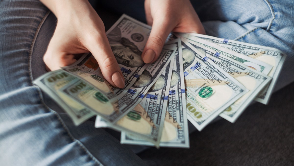 Peníze jsou jedním z hlavních symbolů dárcovství.
